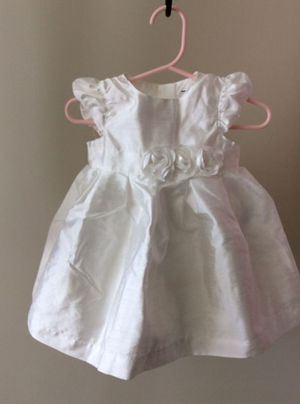 Baby girls white Party Princess Dress, Baby girls birthday dress, Baby girls clothes(Size 6month) for Sale in Redmond, WA