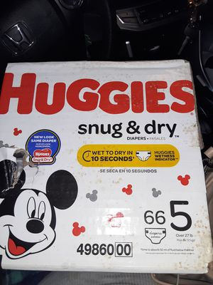 Huggies 66 size 5 for Sale in Kent, WA