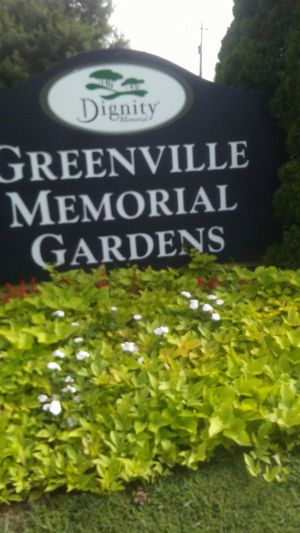 Greenville memorial gardens. for Sale in Belton, SC