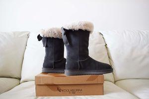 Koolaburra by UGG Women's Winter Boots Size 10 for Sale in St. Petersburg, FL