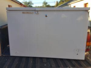 GE Deep Freezer 7.1Cu for Sale in Charlotte, NC