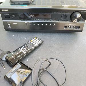 Onkyo AV receiver ht-r580 for Sale in Fairview Park, OH