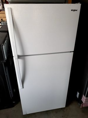 New Whirlpool Refrigerator 14 Cubic Feet for Sale in Artesia, CA
