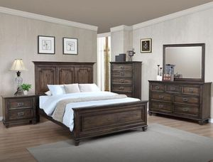 "🌟🌟Bedroom set Queen bed +Dresser +Night stand ""Mattress &Chest &Mirror Not included ""🌟🌟 for Sale in Long Beach, CA"