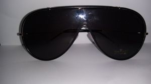 New Tom ford men's aviator sunglasses shades model MACK TF671 GOLD W/ BLACK LENSES for Sale in Alameda, CA