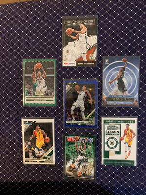 NBA Hoops / Contenders / Donruss -.Giannis Antetoko FCC common and inset card lot. 1 prizm insert, 2 commons and 4 regular inserts for Sale in San Antonio, TX