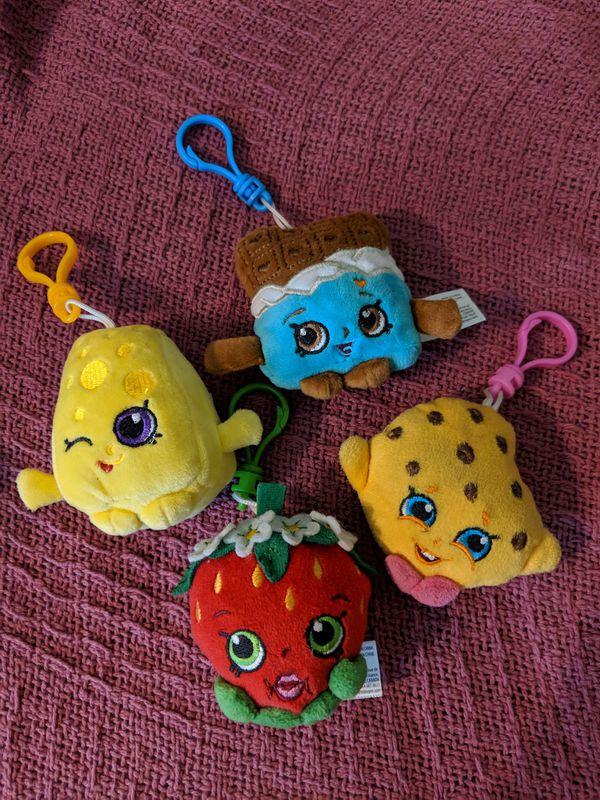 Set of 4 Shopkins Keychains NEW