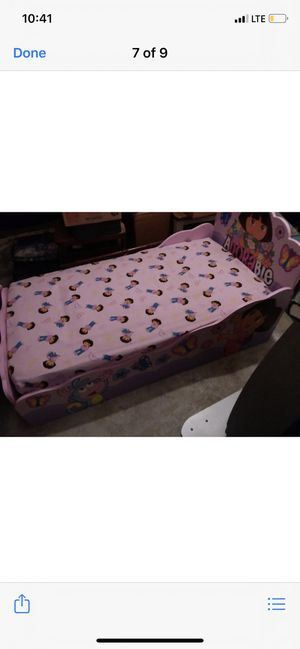 Dora bed for Sale in Sanger, CA