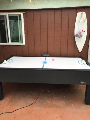 Air hockey table for Sale in Hawthorne, CA