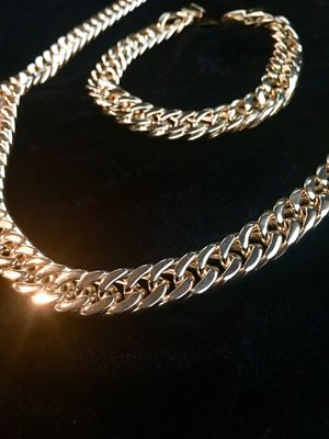 DOUBLE CUBAN LINK 18K GOLD CHAIN MADE IN ITALY for Sale in Miami, FL