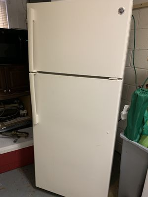 GE Cream Refrigerator with two doors in perfect condition working very good. for Sale in Manassas, VA