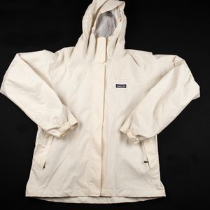 Patagonia Women's Large Cream Jacket for Sale in McKinney, TX