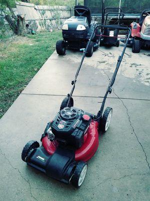 Craftsman lawn mower for Sale in Garland, TX