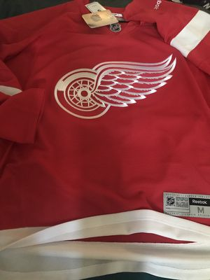 Reebok redwings jersey size medium for Sale in Tampa, FL
