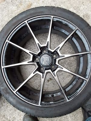 18 inch rims and tires like new!! BLACK POLISHED for Sale in Everett, WA