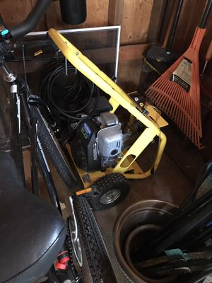 Pressure washer for Sale in Canby, OR