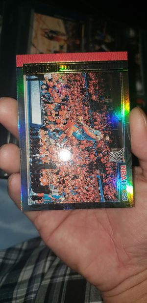 NBA hoops Paul george courtside gold hologram for Sale in Montgomery Village, MD