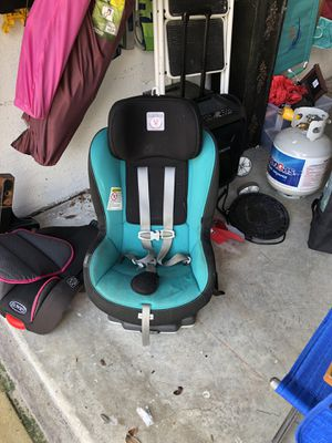 Peg Perego Primo Viaggio convertible car seat for Sale in Boynton Beach, FL