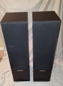 2 digital pro audio home speaker for Sale in San Jose, CA