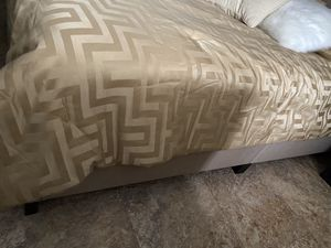 Barely used... queen headboard and bed frame! Beige for Sale in Deltona, FL