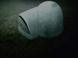 Igloo medium doggy dome with ventalayion for Sale in Valley Center, KS