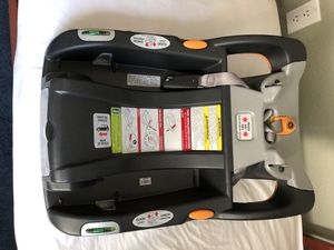 Chicco keyfit car seat base for Sale in San Diego, CA