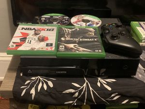 Xbox 1 one controller 4games 1tb for Sale in Cleveland, OH