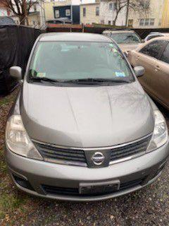 2008 Nissan versa for Sale in Adelphi, MD