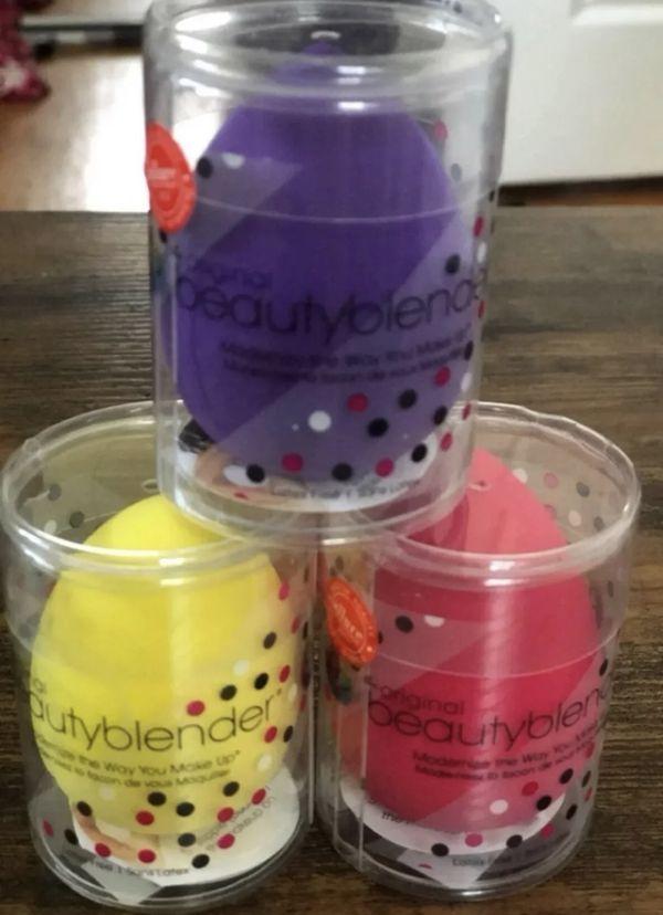 3 NEW! Beauty Blender makeup sponges