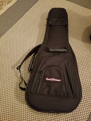Guitar case for Sale in Leesburg, VA