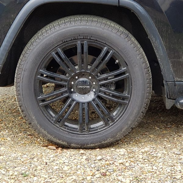 """18"""" Rim and tires less than 2k miles on tire."""