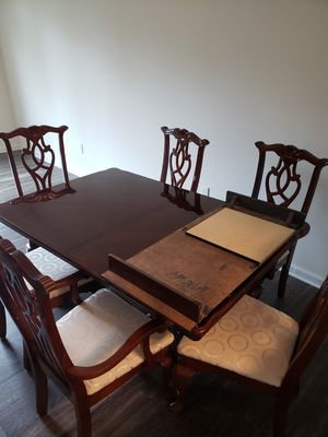 Dining table with 6 chairs for Sale in Manassas, VA