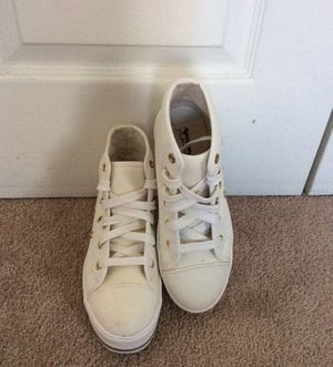 Arizona Jean Co hightop white shoes for girls for Sale in West Springfield, VA