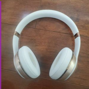 Beats Solo³ Wireless Headphones for Sale in West Jordan, UT