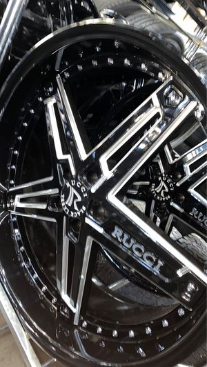 """24x10 5x115 Rucci """"black label"""" rims with tires for Sale in Madison Heights, MI"""
