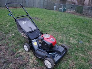 Craftsman 6.75 hp Self Propelled Mower for Sale in Matteson, IL