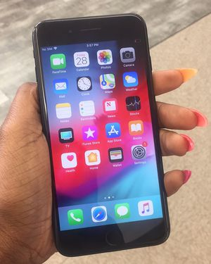 iPhone 7 Plus UNLOCKED for Sale in Baltimore, MD