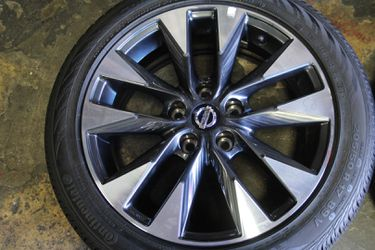 Nissan Maxima wheels Altima rims Rogue Quest Pathfinder Infinity Q50 Q60 for Sale in West Covina,  CA