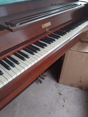 Hobart & Gable Mahogany Piano for Sale in Ridgeland, MS