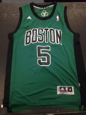 Kevin Garnett Boston celtics jersey stitched adidas men's size medium for Sale in Dunnellon, FL