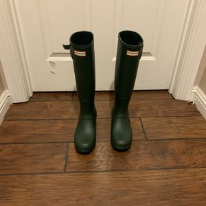 Hunter rain boots for Sale in Los Angeles, CA