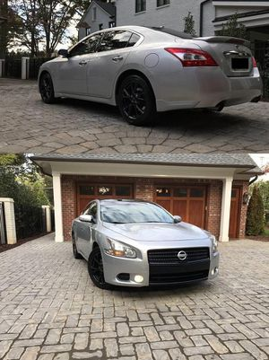 2009 Nissan Maxima price $1400 for Sale in Newark, NJ