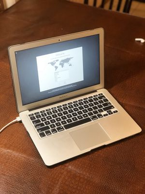 MacBook Air (13-inch, 2017) for Sale in Duluth, MN