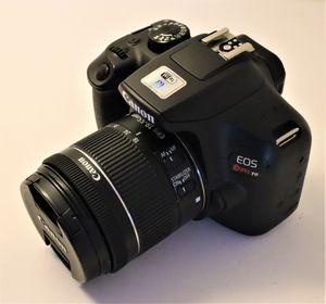 Canon t6 digital camera + 18-55mm for Sale in Miami, FL