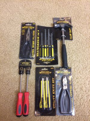 Set of handy tools, 11 pieces new with tag for Sale in UPPER ARLNGTN, OH