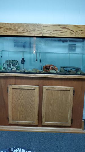 Aquarium- 50 gallons with air pump, stand, and filter for Sale in Longview, WA