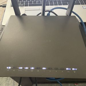 Netgear nighthawk R6700 Router for Sale in Brea, CA