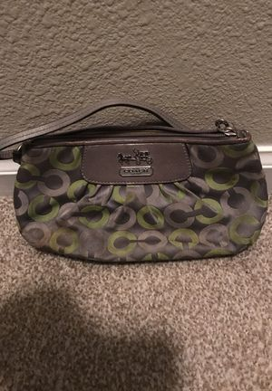 Coach Wristlet for Sale in Beverly Hills, CA