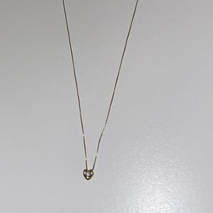 Beautiful Dainty Gold Necklace for Sale in Las Vegas, NV