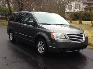 2010 Chrysler town and country for Sale in Sandston, VA